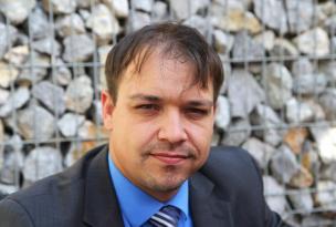 Dr. Peter Baloh