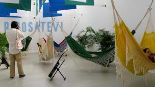 Brazilski paviljon: koristen za počitek, vsebinsko pa razočaranje.