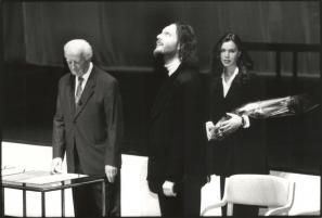 Uroš Zupan na podelitvi Prešernovih nagrad 7. februarja 1996