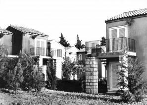 Turistično vrtno naselje v Luciji, 1962–68; zanj je prejel Prešernovo nagrado