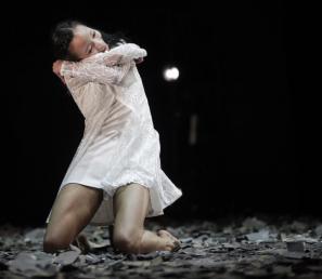 Prizor iz predstave Romeo in Julija