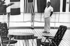 Tito na peti konferenci neuvrščenih v Colombu na Šrilanki leta 1976