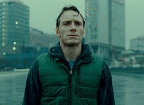 Michael Fassbender v filmu Sramota
